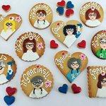 Hoy nuestro aplauso 👏🏼 👏🏼para todos los sanitarios, va en forma de galletas 🍪 de nuestra amiga Begoña de @galletascon_  les ha puesto a todos gafas 👓 de @opticavinuales y van directas al Hospital Miguel Servet!!! 👏🏼👏🏼👏🏼👏🏼👏🏼